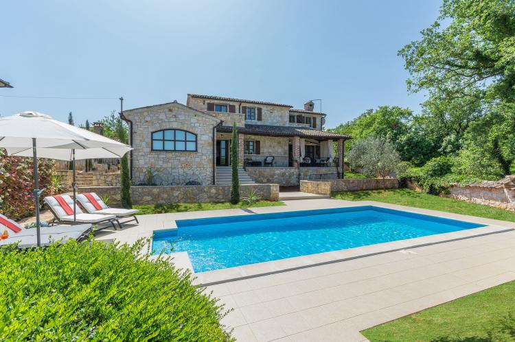 A great place to relax with your family - Villa Is